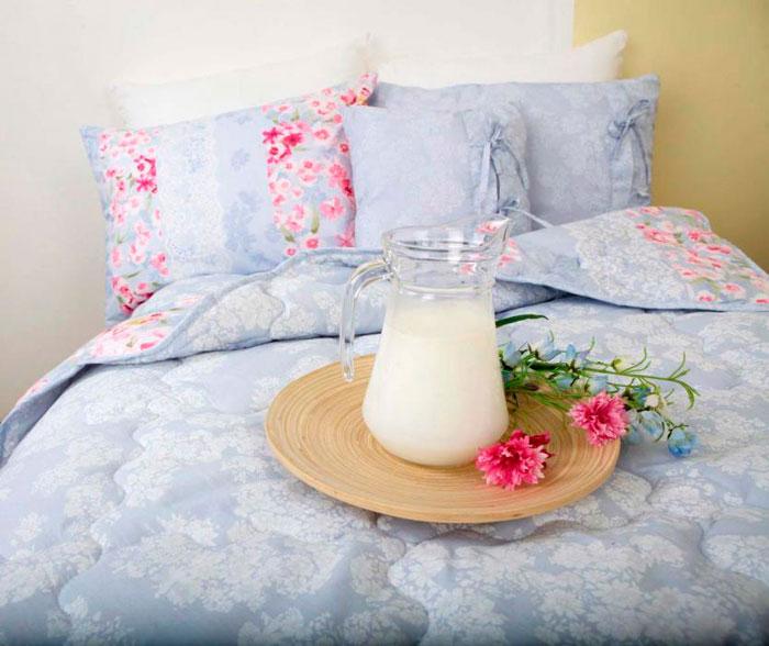 Одеяло Altro с молочным наполнителем Milkofil