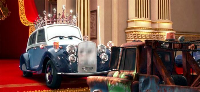 Тачки 2 (Cars 2): Королева посвящает Мэтра в рыцари
