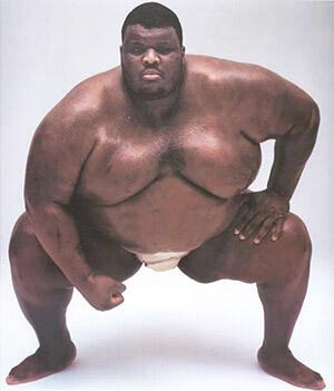 Сумоист Эмануэль Ябраух (402 кг)