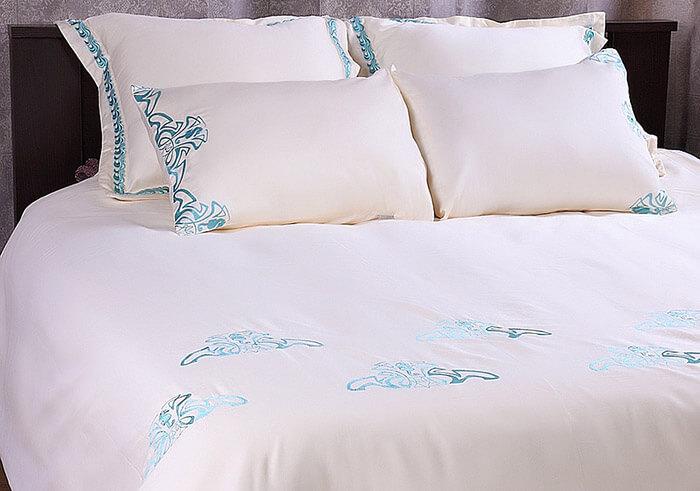 Постельное белье сатин с вышивкой Helgi Home