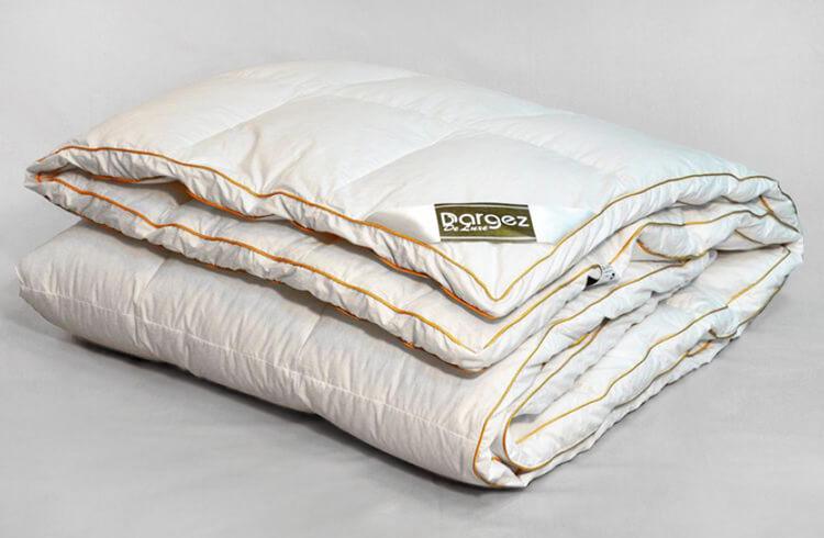 Кассетное пуховое одеяло Даргез