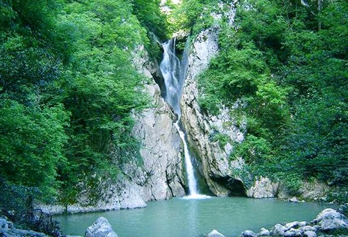 12 самых красивых мест России: Агурские водопады