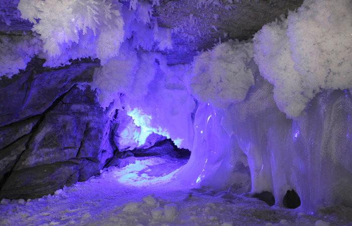 12 самых красивых мест России: Кунгурская пещера