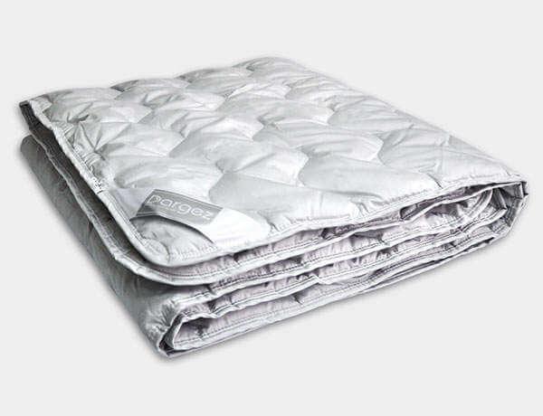 Легкое одеяло Даргез Берга - Detskoye-Postelnoe.Ru