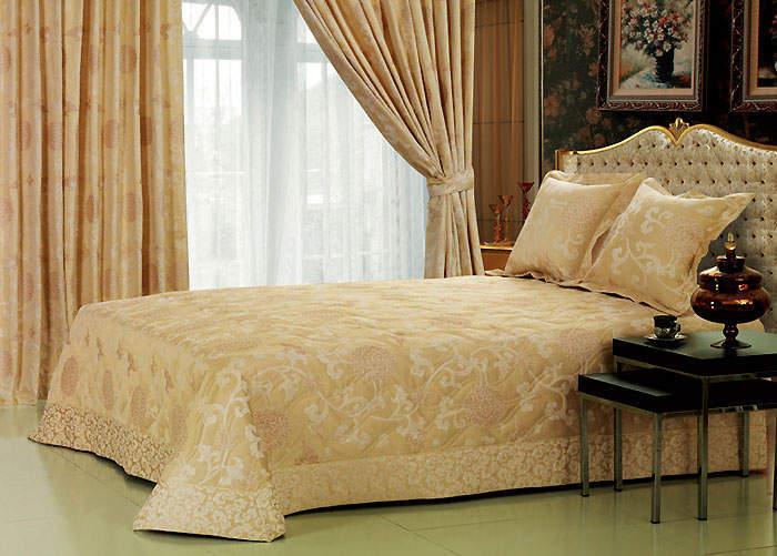 Двухслойные шторы в спальне