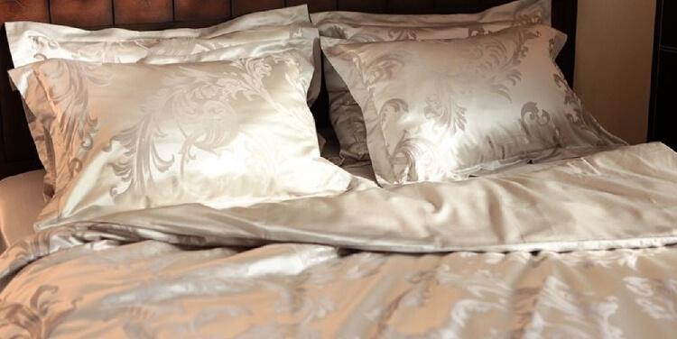 Материалы постельного белья - шелк